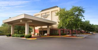 Country Inn & Suites Jacksonville 1-95 South - Jacksonville - Gebäude
