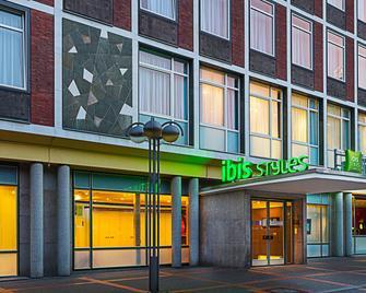 Ibis Styles Bochum Hauptbahnhof - Bochum - Building
