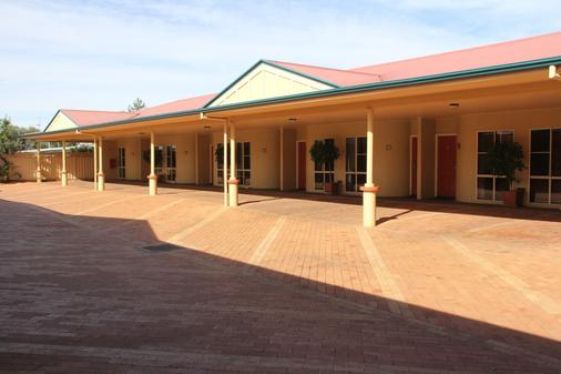 Dalby Homestead Motel - Dalby - Building