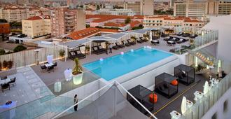 Epic Sana Lisboa Hotel - Lisboa - Svømmebasseng