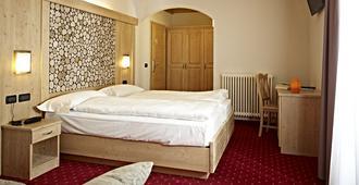 Hotel Garni Minigolf - Pieve di Ledro - Bedroom