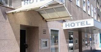 Hotel Cyrus - וינה - בניין