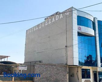 Hotel Quezada Hermanos - Santo Domingo de los Colorados - Edificio
