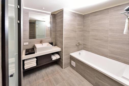 Home Rest Hotel - Taitung City - Bathroom