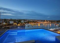 Hotel Maritim - Krk - Pool