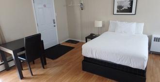 Wheel Inn Motel - Temiskaming Shores - Bedroom