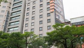 Orange Hotel - Ximen, Taipei - Taipei - Building
