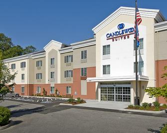 Candlewood Suites Burlington - Burlington - Building