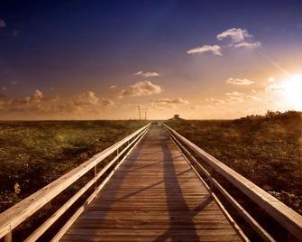 Palm Beach Shores Resort and Vacation Villas - Palm Beach Shores - Venkovní prostory