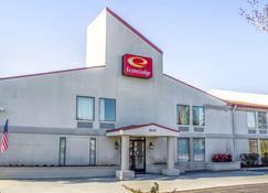 Econo Lodge Burlington - Burlington - Building