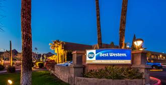 Best Western InnSuites Phoenix Hotel & Suites - Phoenix - Building