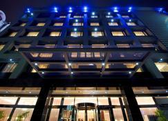 冠閣大飯店 - 嘉義市 - 建築