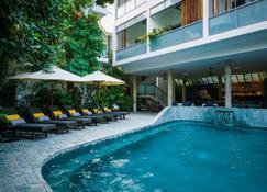 Rambutan Resort - Phnom Penh - Nom Pen - Piscina