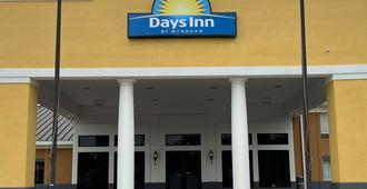 Days Inn by Wyndham Dothan - Dothan