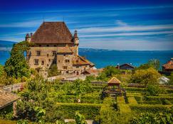 Hôtel Royal - Évian-les-Bains - Outdoor view