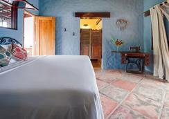 Rancho Chilamate Guest Ranch - Escamequita - Bedroom