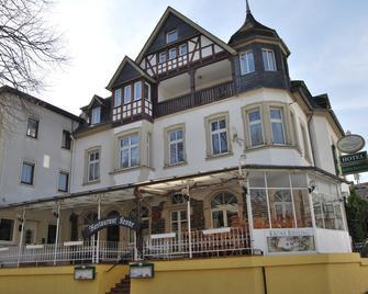 Hotel Krone Riesling - Trittenheim - Gebouw