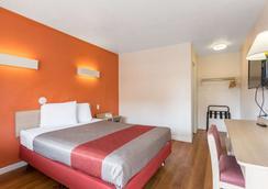 Motel 6 Albuquerque Northeast - Albuquerque - Bedroom