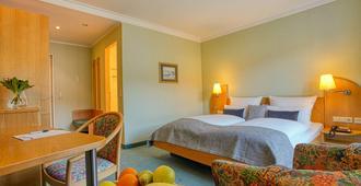 Hotel Kischers Landhaus - Hannover - Bedroom