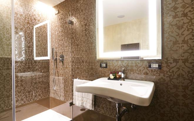 Venice Times Hotel - Venice - Phòng tắm