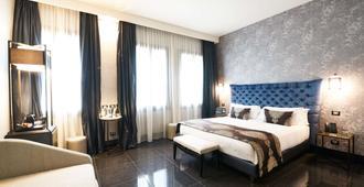 Venice Times Hotel - Venice - Bedroom