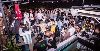 Gatto Blanco Party Hotel - פנמה סיטי