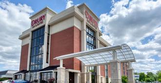 Drury Inn & Suites St. Louis Airport - סנט לואיס