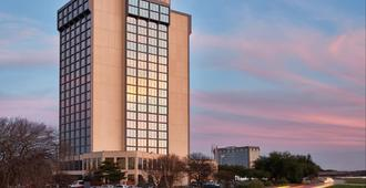 Crowne Plaza Dallas-Market Center - Dallas - Edificio