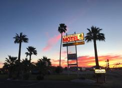 El Rancho Dolores Motel at Joshua Tree National Park - Twentynine Palms - Außenansicht