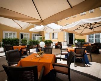 Hotel San Domenico Al Piano - Matera - Restaurant