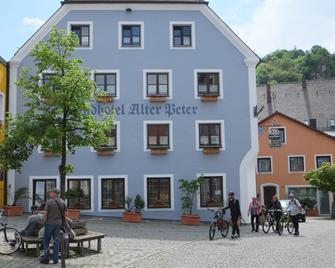 Landhotel Alter Peter - Kipfenberg - Building