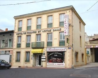 Hôtel De France - Ла-Помаред - Здание