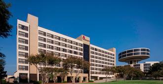 Houston Airport Marriott at George Bush Intercontinental - Χιούστον - Κτίριο
