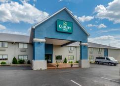 Quality Inn - Danville - Building