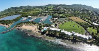 Tamarind Reef Resort, Spa & Marina - Christiansted - Outdoors view