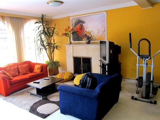 Ayenda 1032 Titas House - Bogotá - Living room