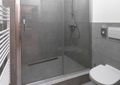 7 Tales Suites - Prague - Bathroom
