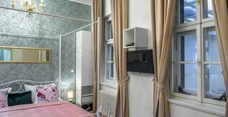 7 Tales Suites - Praga - Habitación