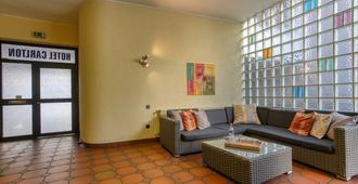 Ff&e Hotel Carlton - דורטמונד - סלון