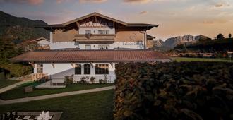 Lisi Family Hotel - Reith bei Kitzbuhel - Building