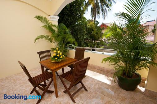 Villa Grange - Phnom Penh - Balcony