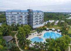 Solea Seaview Resort - Cordova - Bygning