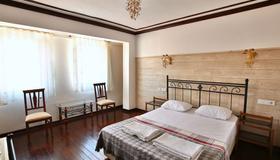 Bozcaada Fahri Hotel - Bozcaada - Habitación