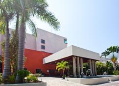 جاما دي فييستا إن بلازا إيكزتابا - Ixtapa - مبنى