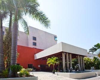Gamma Plaza Ixtapa - Ixtapa - Building