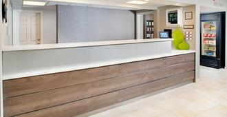 Residence Inn by Marriott Seattle Bellevue - Bellevue - Front desk