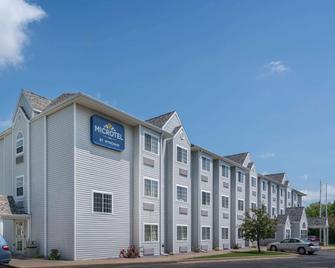 Microtel Inn by Wyndham Onalaska/La Crosse - Onalaska - Gebäude