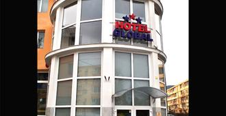 Hotel Global - Braşov - Edificio