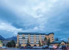 La Quinta Inn & Suites by Wyndham Silverthorne - Summit Co - Silverthorne - Building