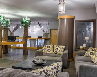 Baymont by Wyndham Noblesville - Noblesville - Lobby